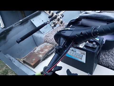how to hook a trolling motor up to your battery and john boat.