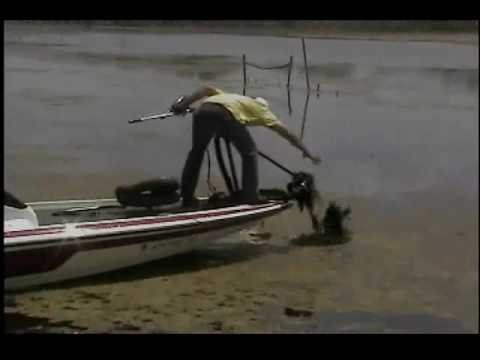 Trolling motor weed guard( GEAUXrilla GUARD) YOUTUBE.wmv