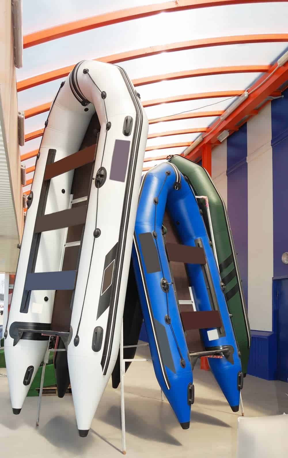 colorful inflatable boats made of Hypalon and PVC material
