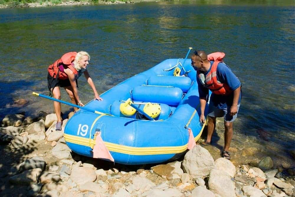 Push an inflatable boat to shore