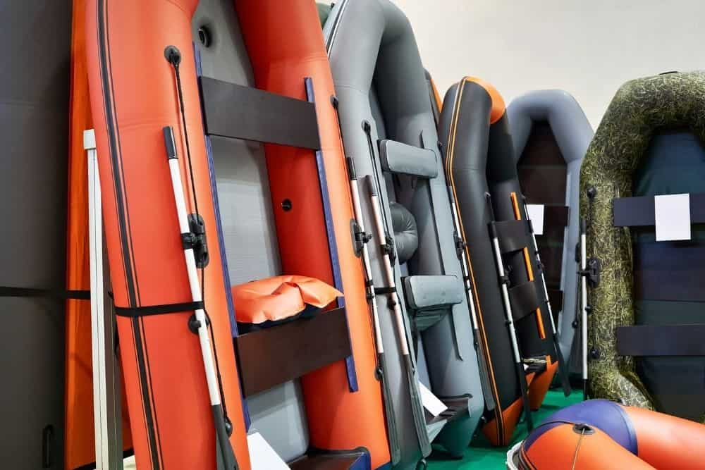 Store inflatable boats