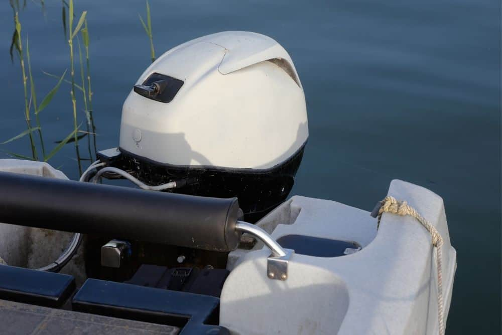 charge a trolling motor battery from an outboard motor