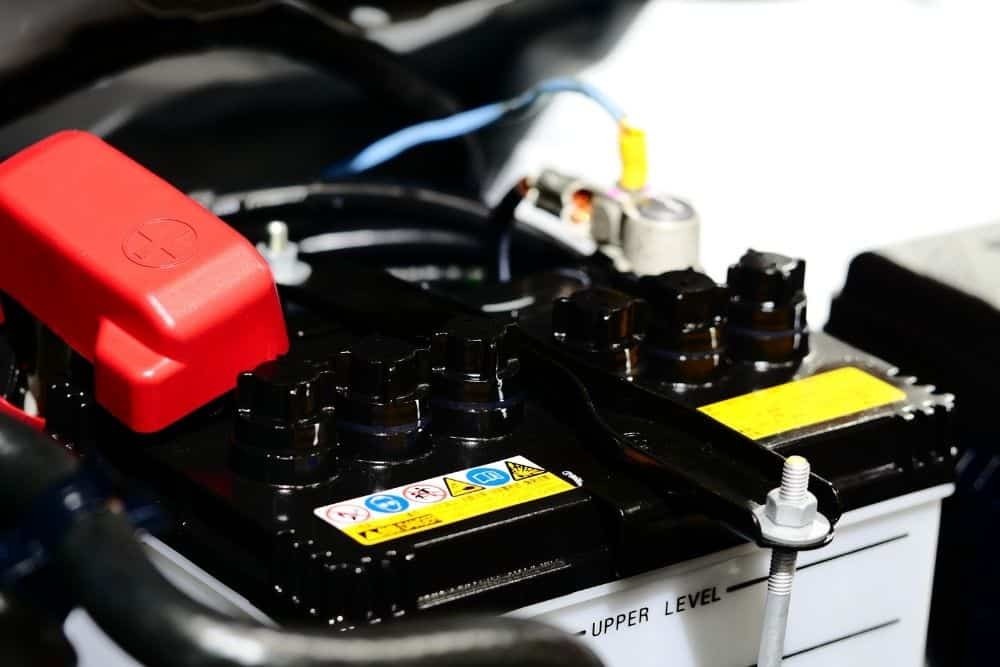 Deep Cycle Battery Vs Car Battery For Trolling Motors: Why You Cannot Use Them Interchangeably