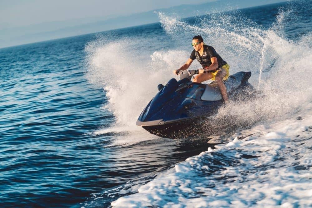 Jet skis speed