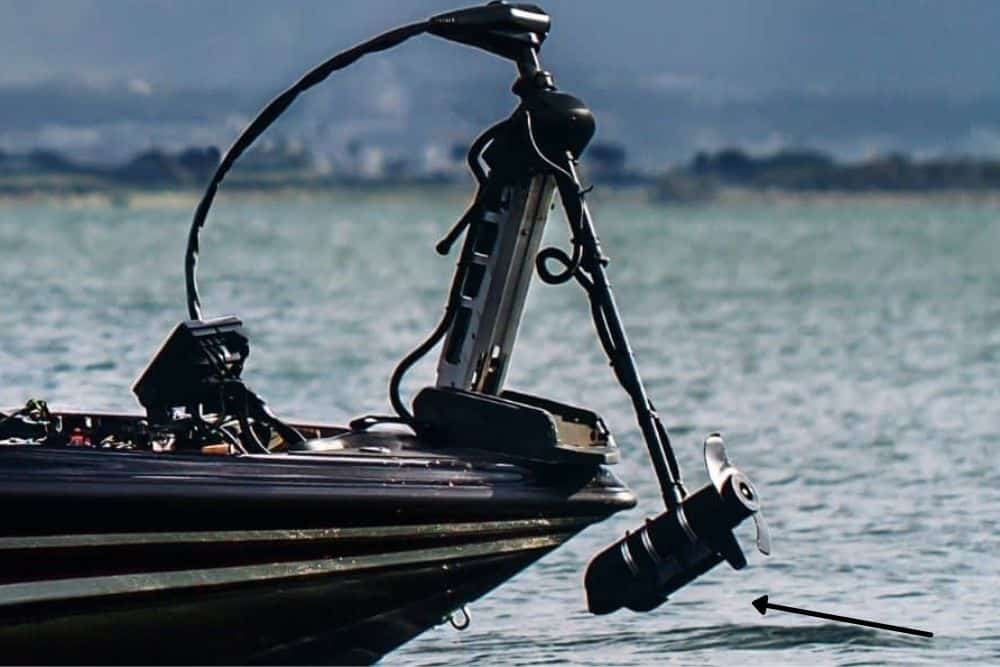 mount a transducer on a trolling motor