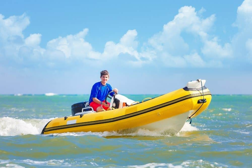 what to wear on a rib boat